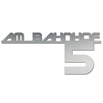 Hausnummer aus Edelstahl mit Straßenname - Design Future II bis 11 Buchstaben