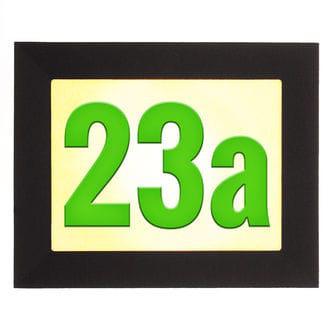 Beleuchtete Hausnummer mit LED und farbigen Acrylnummern