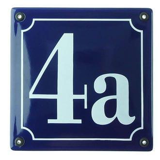 Quadtratische Hausnummer aus Emailie in blau und weiß 14,8 x 14,8 cm blau / weiß
